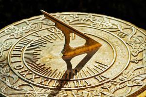 seasonal sundial